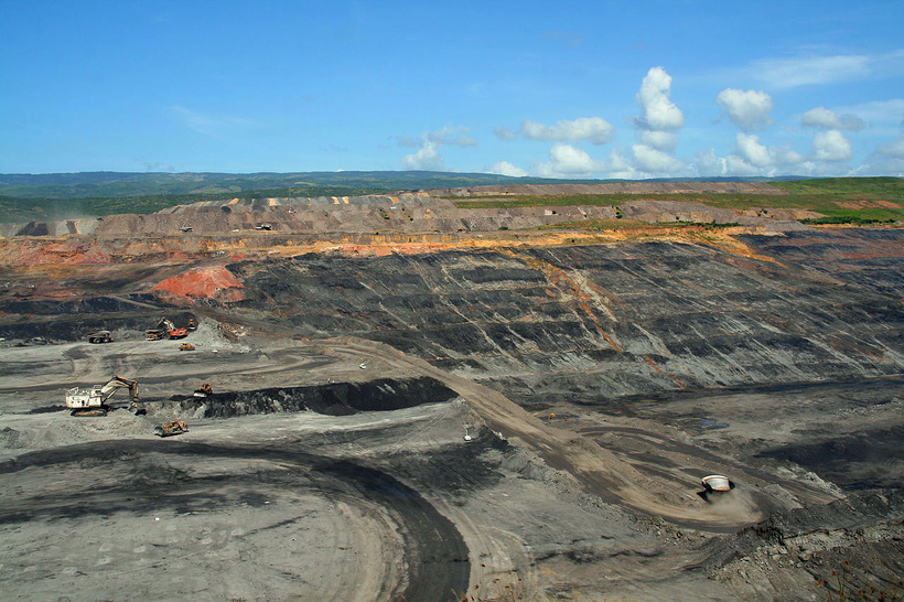 Internationally-owned mines in Colombia are a colonial legacy and a cause of climate breakdown. Photo: Wikipedia